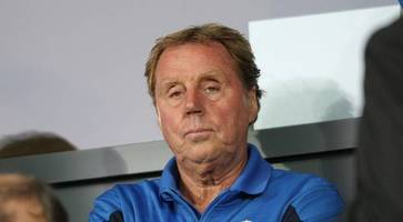 Redknapp defends player criticism